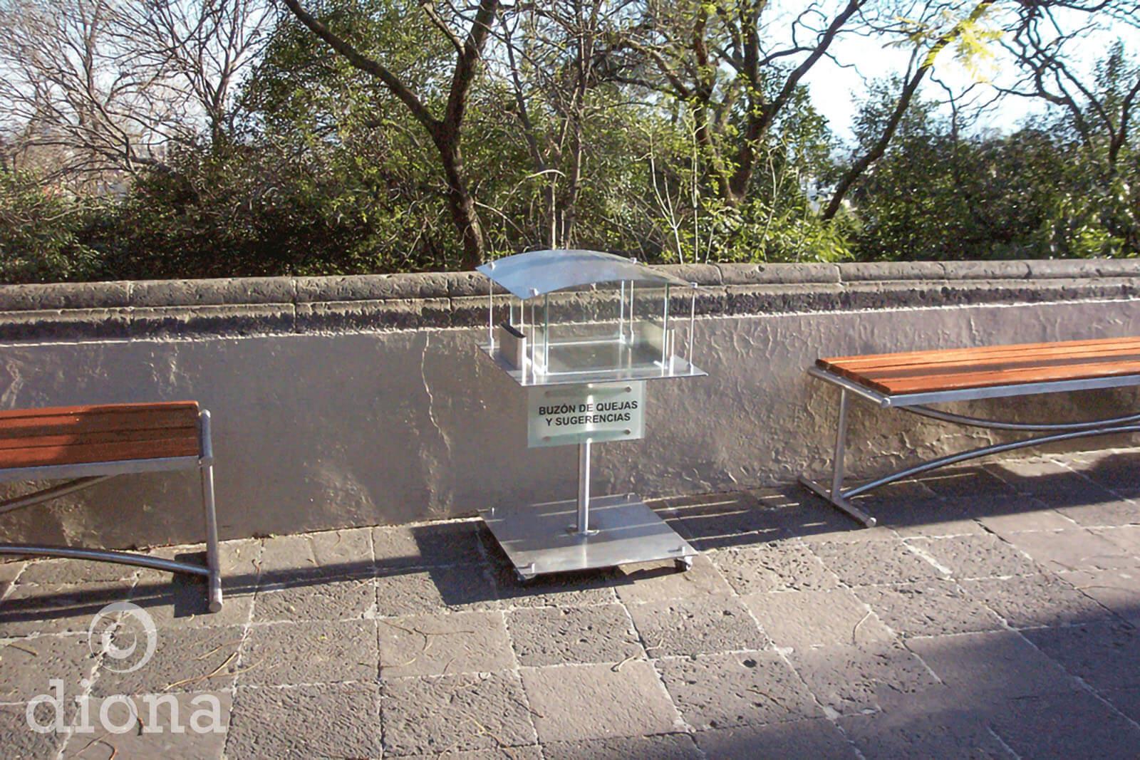 diseño industrial, mobiliario - buzón de sugerencias, Castillo de Chapultepec, diona