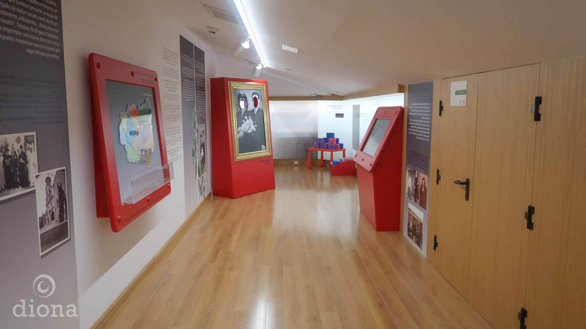 diseño industrial, mobiliario - Museo de la emigración leonesa, León, España, diseño fabricación montaje de museografía, diona