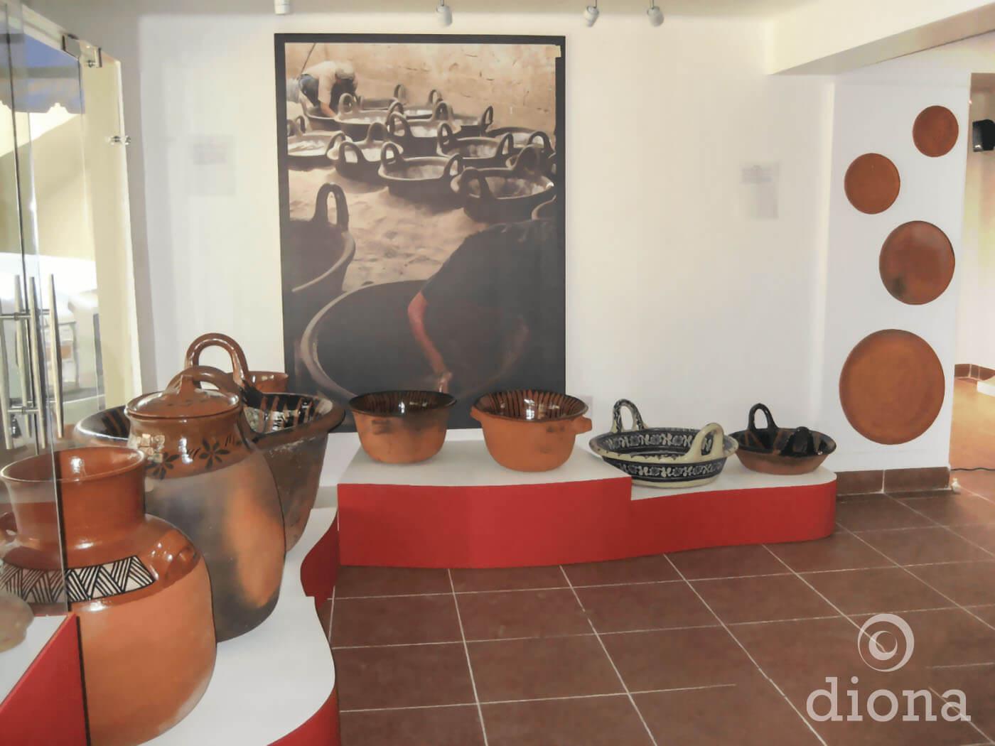 diseño industrial, mobiliario - Museo Vivo de Artes y Tradiciones Populares de Tlaxcala museografía diona